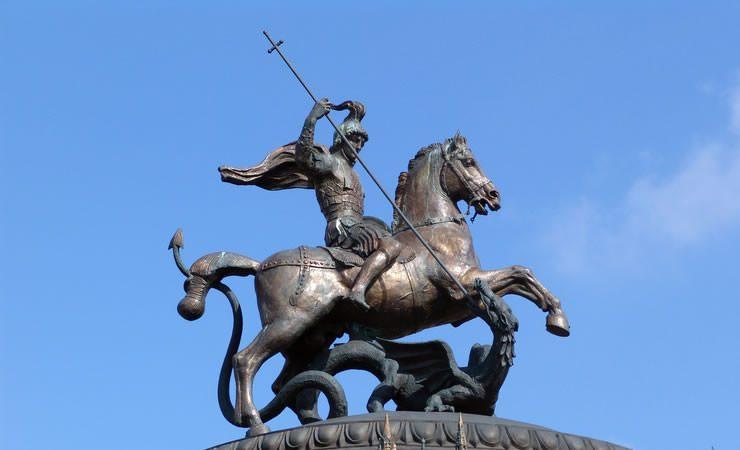 Hoje é Dia de São Jorge com dicas espirituais e oração poderosa