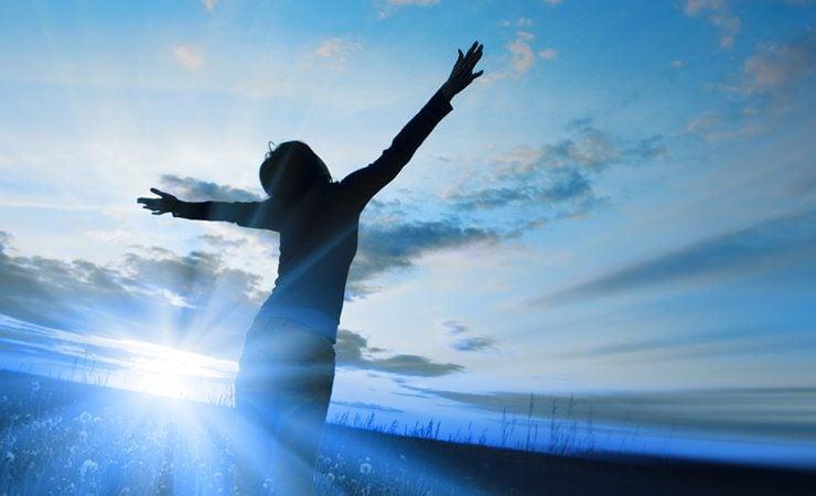 Escalda-pés para despertar ânimo, força de vontade e otimismo pela vida