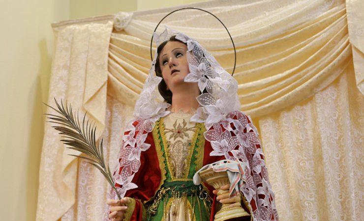 Hoje é Dia de Santa Luzia, protetora dos olhos!