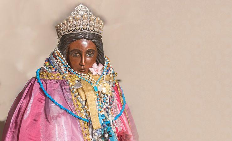 Hoje é Dia de Santa Sara Kali, padroeira dos Ciganos, e um banho especial para cortar todos os males de sua vida!